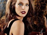 Emily-DiDonato-Maybelline-Makeup-2016-Campaign01